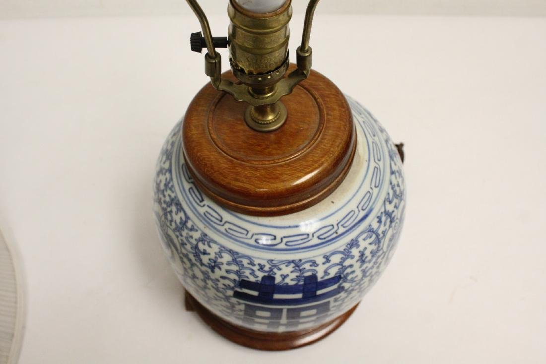 Chinese antique blue and white jar made as lamp - 9