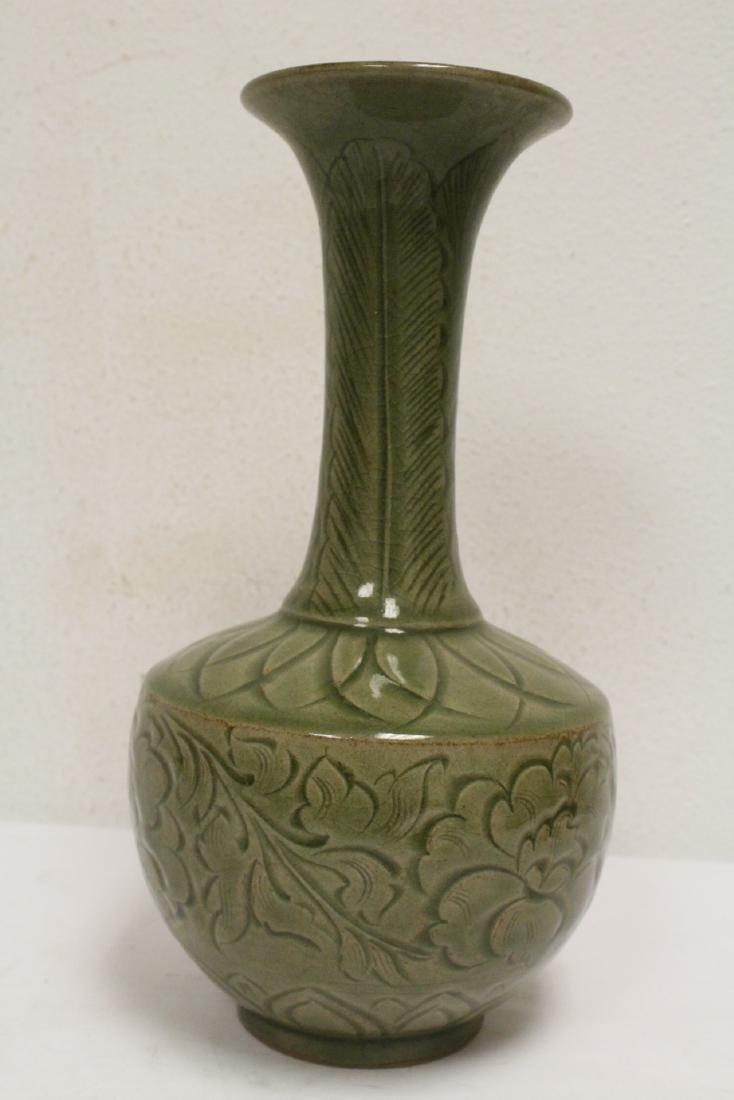 A fine Chinese celadon vase - 5