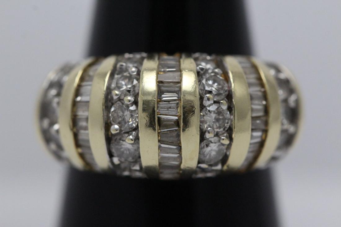 A beautiful 14K Y/G diamond ring - 2