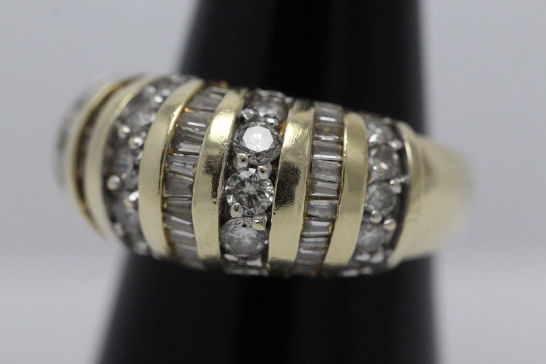 A beautiful 14K Y/G diamond ring - 3