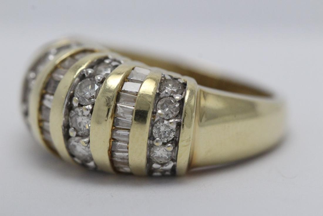 A beautiful 14K Y/G diamond ring - 6