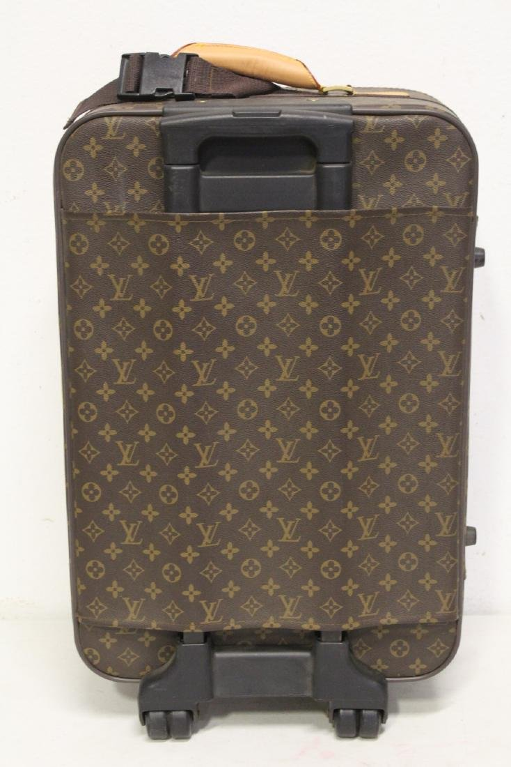 4 Louis Vuitton style leather suitcases - 10