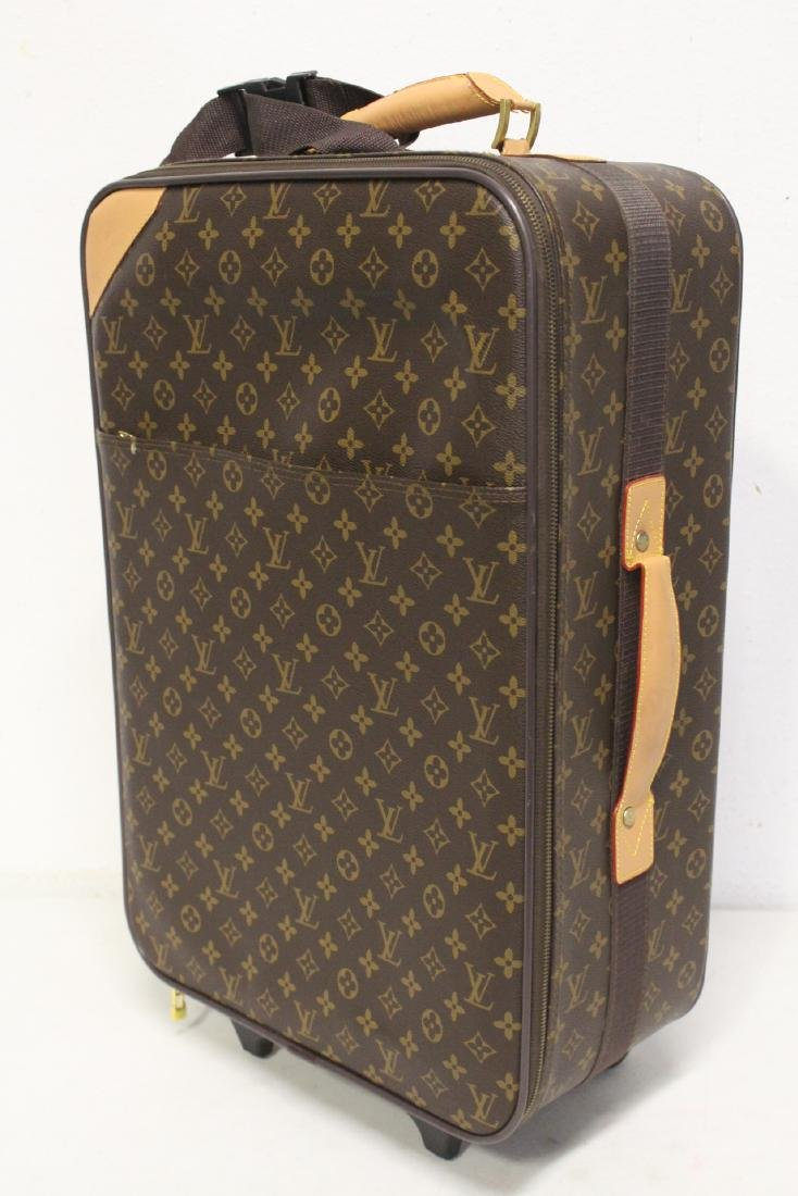 4 Louis Vuitton style leather suitcases - 5