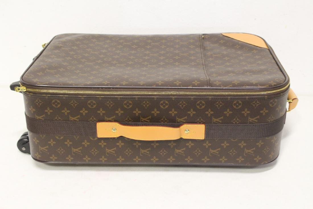 4 Louis Vuitton style leather suitcases - 8