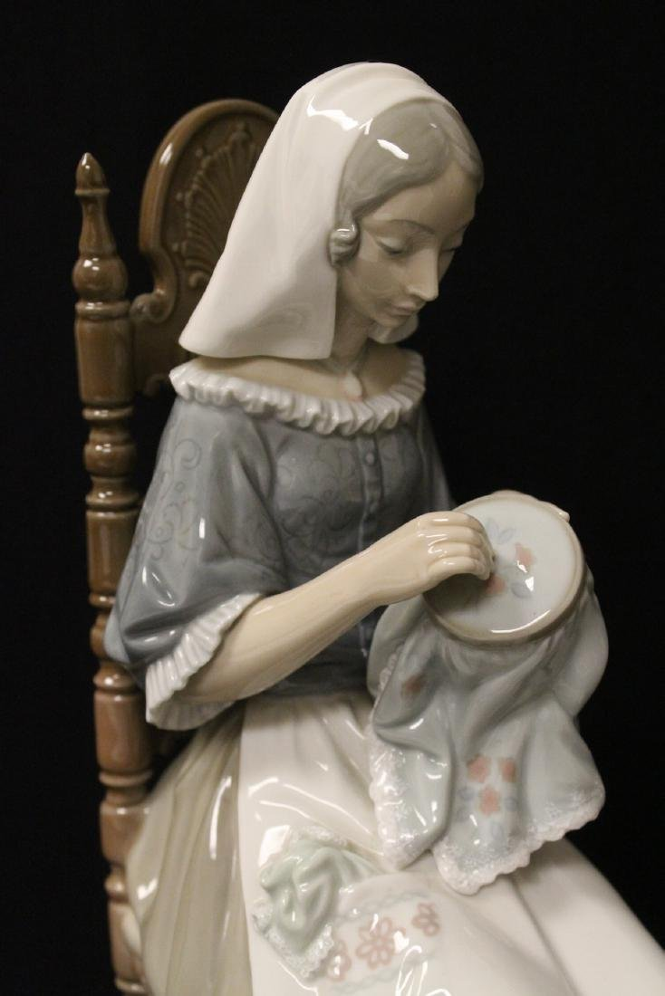"""Lladro figurine """"lady sit on chair sewing"""" - 6"""
