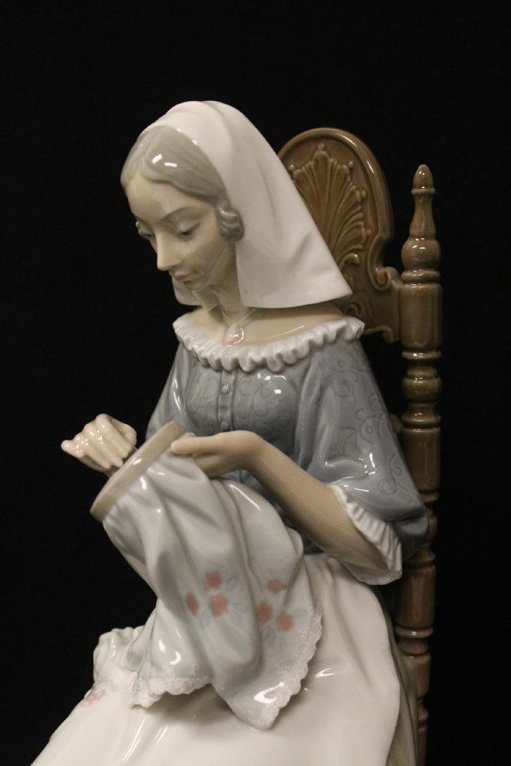"""Lladro figurine """"lady sit on chair sewing"""" - 9"""