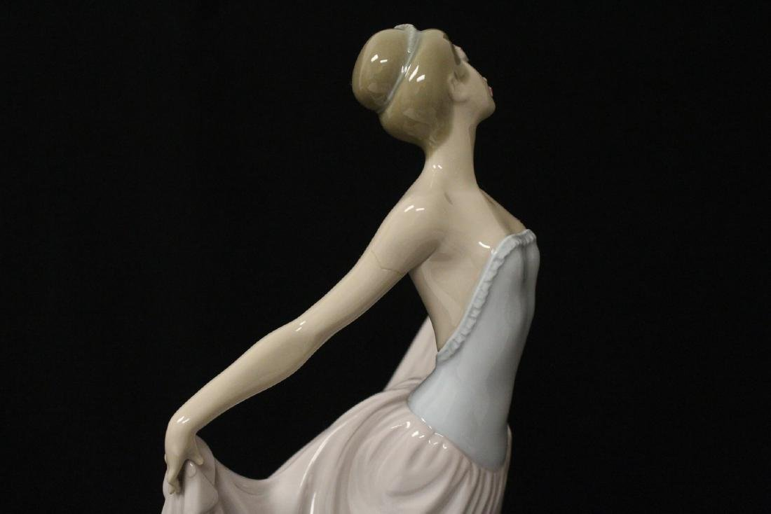 "Lladro figurine ""girl with pink skirt"" - 10"