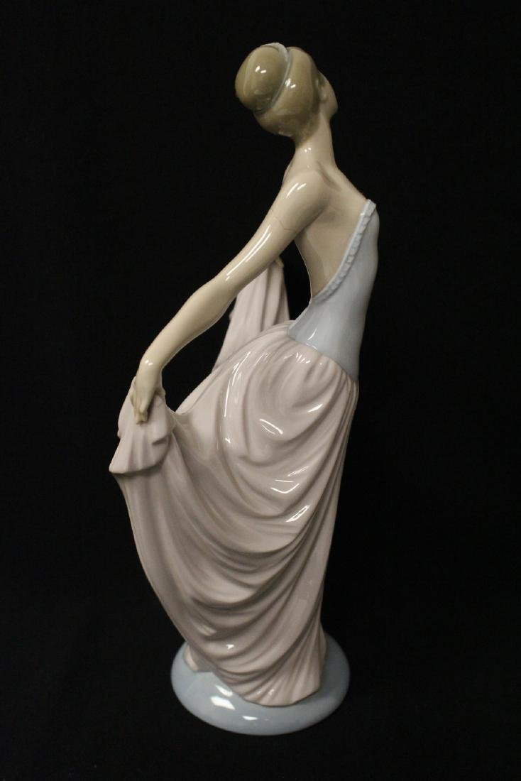 "Lladro figurine ""girl with pink skirt"" - 6"