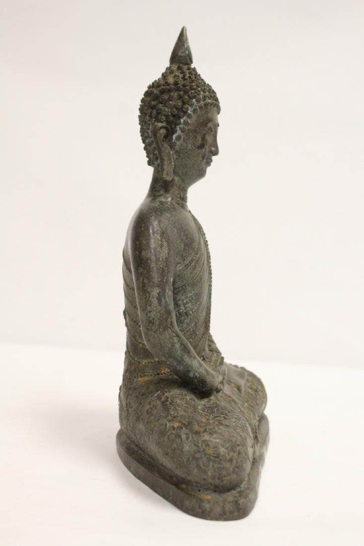 Bronze sculpture of seated Buddha - 4