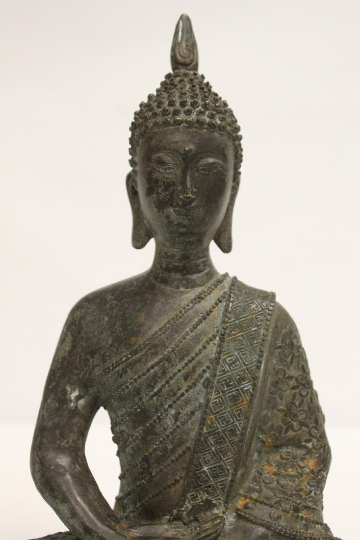 Bronze sculpture of seated Buddha - 6