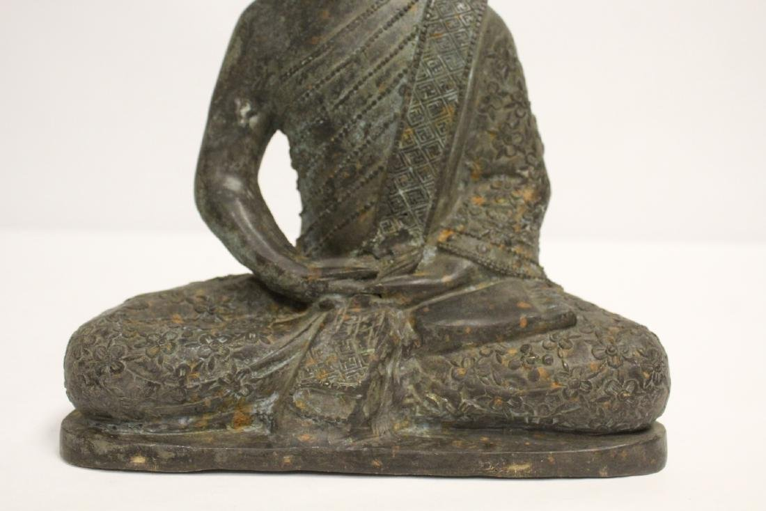 Bronze sculpture of seated Buddha - 7
