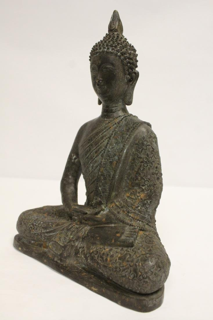 Bronze sculpture of seated Buddha - 9