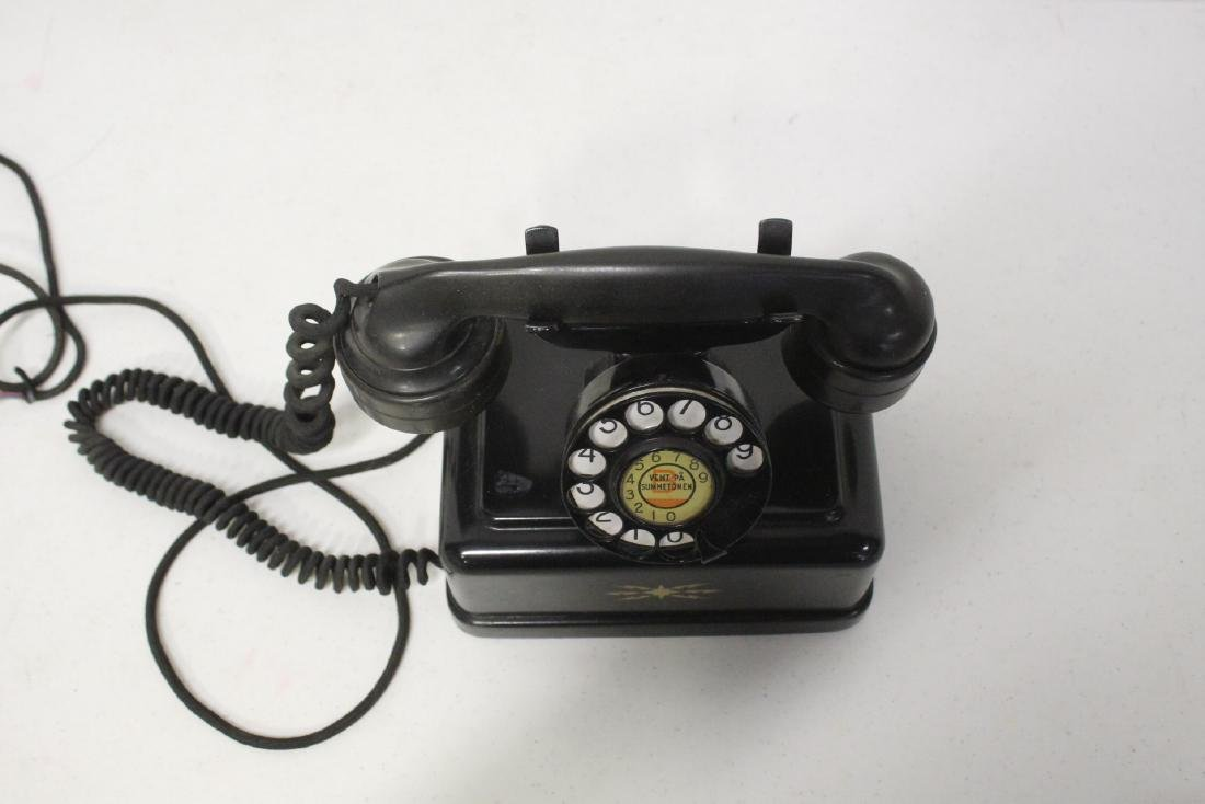 A vintage telephone - 10