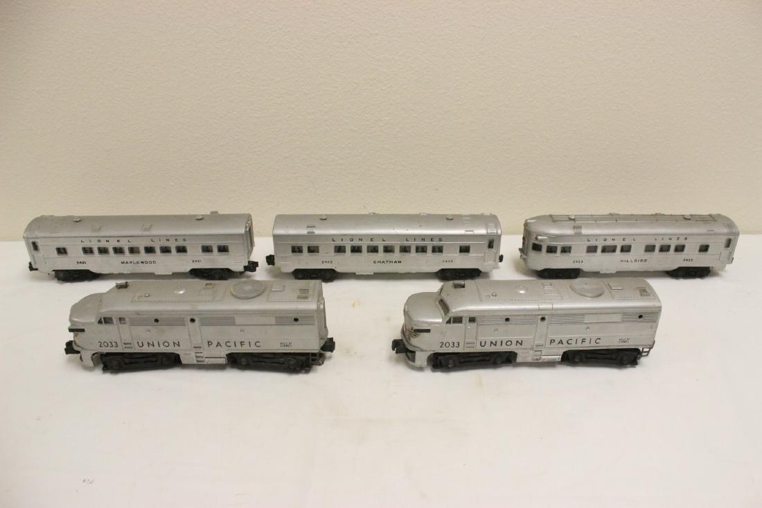 5 pieces Lionel trains - 3