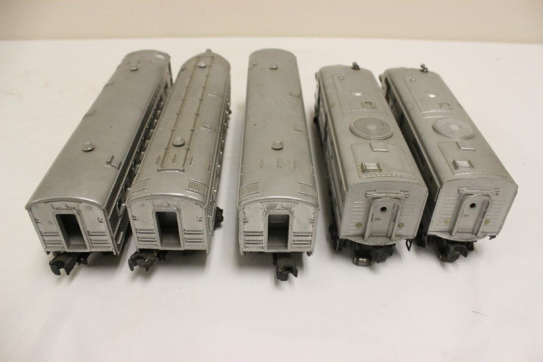 5 pieces Lionel trains - 4