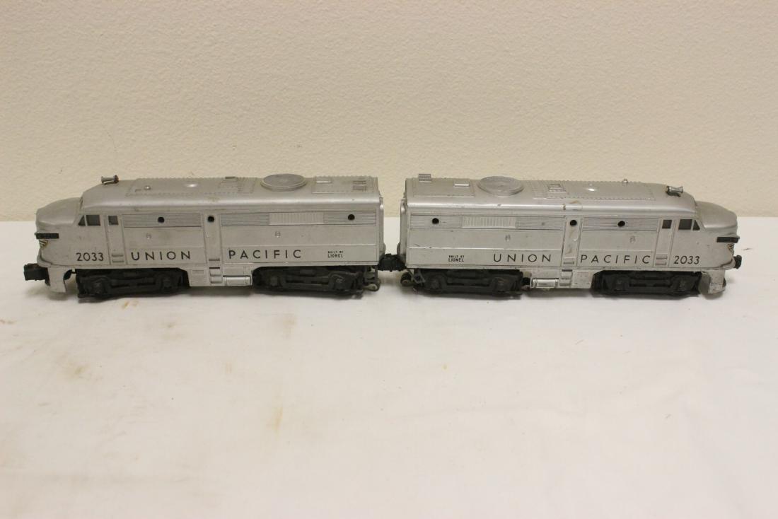 5 pieces Lionel trains - 7