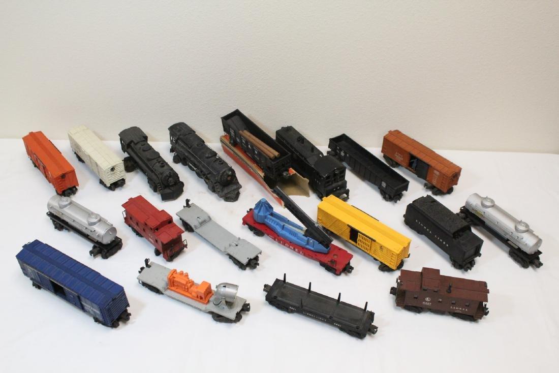 19 pieces Lionel trains