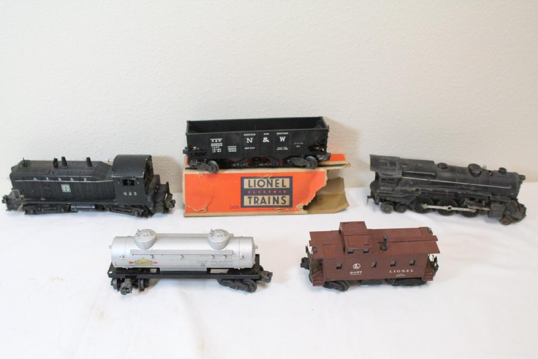 19 pieces Lionel trains - 2