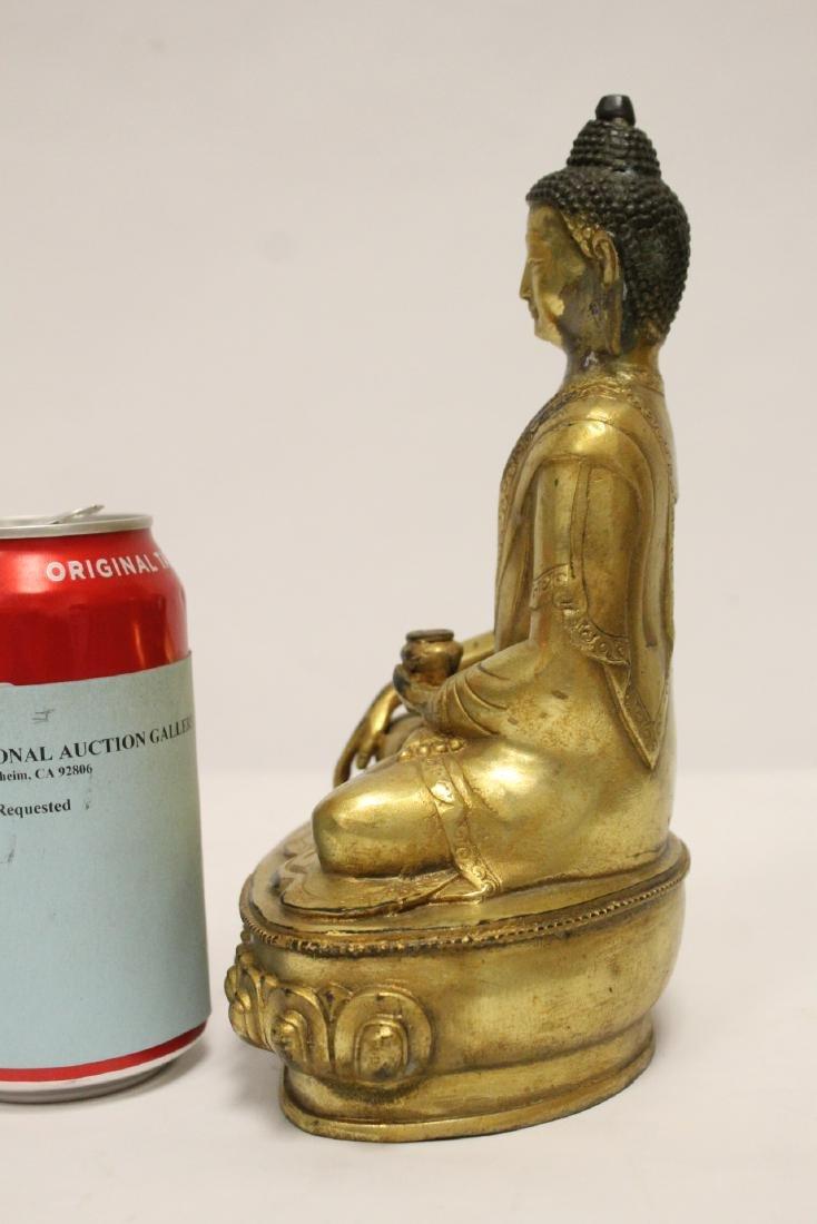A fine Chinese gilt bronze seated Buddha - 2