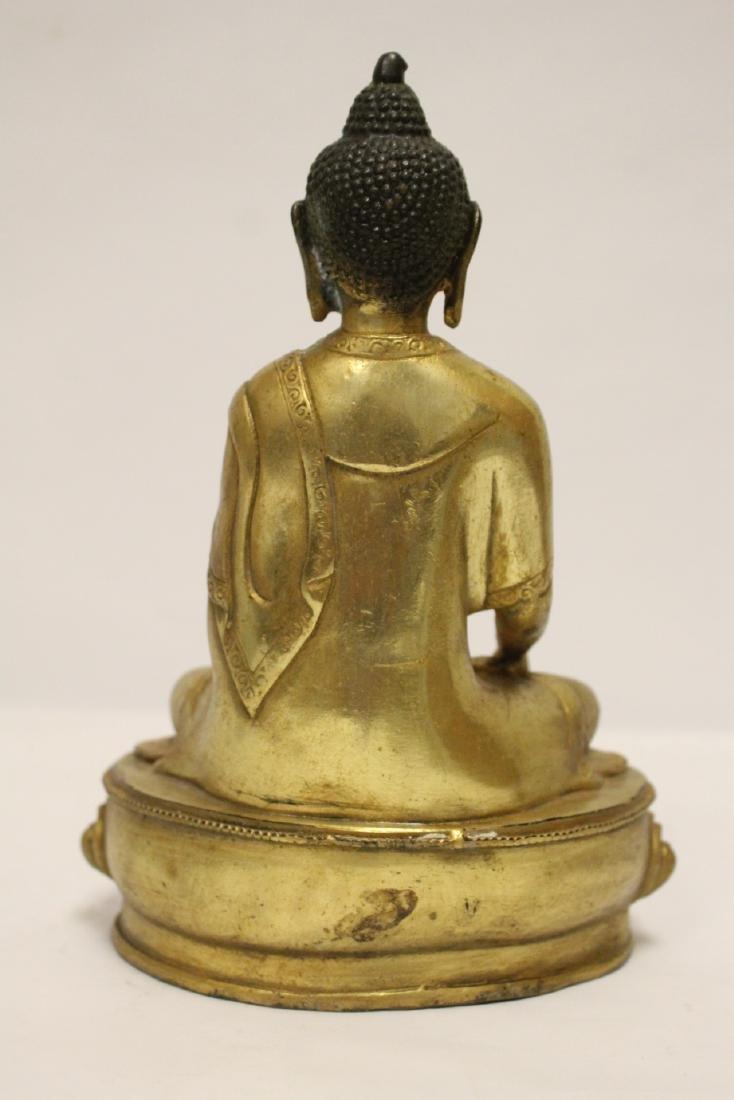 A fine Chinese gilt bronze seated Buddha - 3