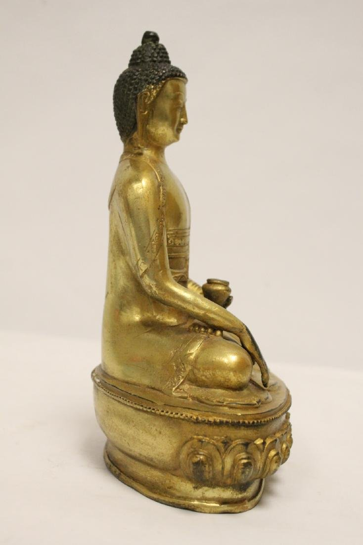 A fine Chinese gilt bronze seated Buddha - 4