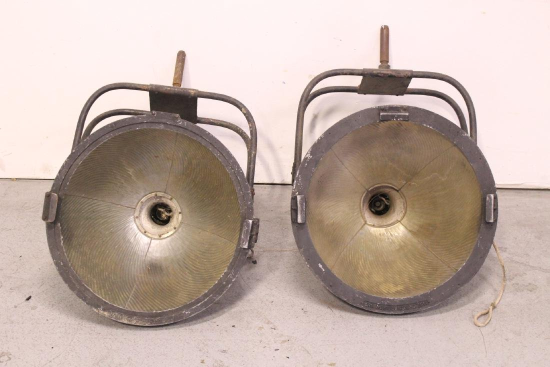 2 early movie lights