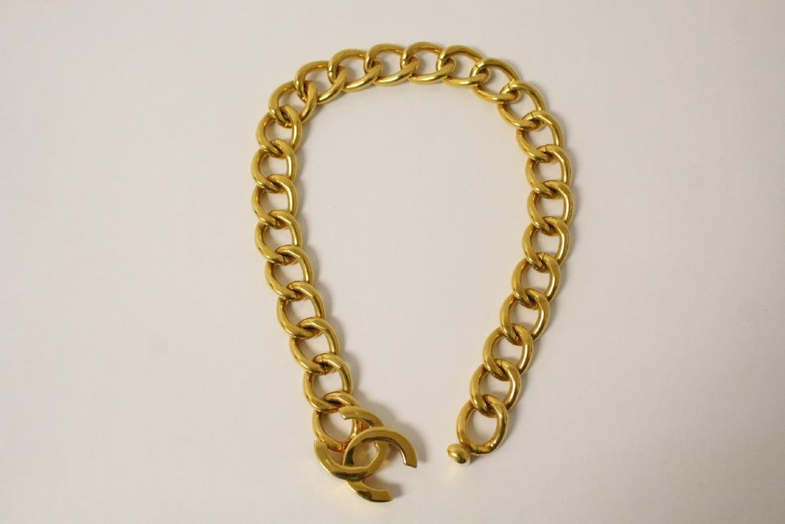 A gilt metal Chanel choker - 9