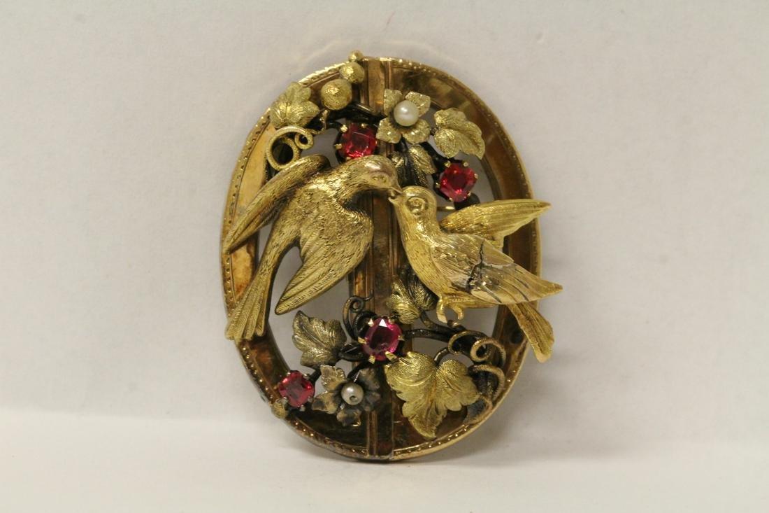 A beautiful Victorian 14K rose gold brooch