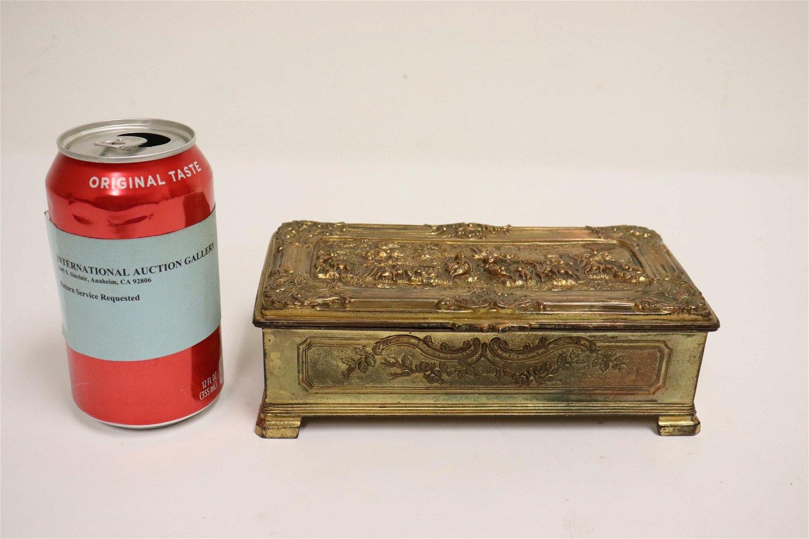 A fine French gilt metal jewelry box