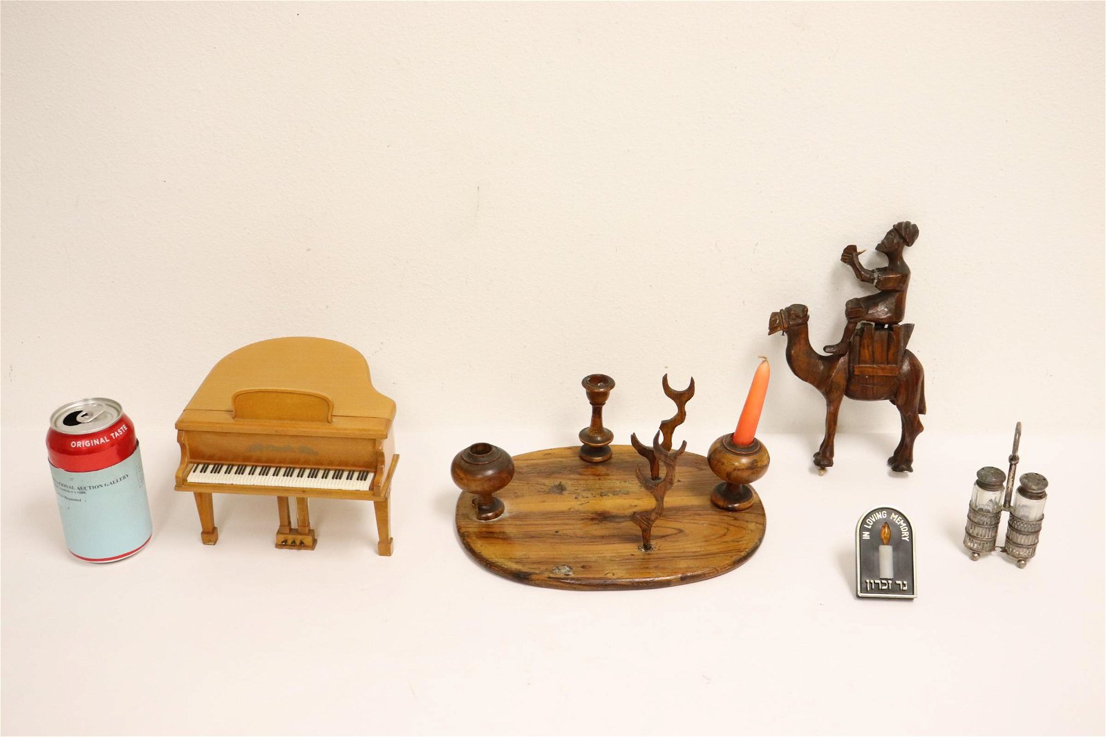 Lot of misc.; including a radio in piano motif