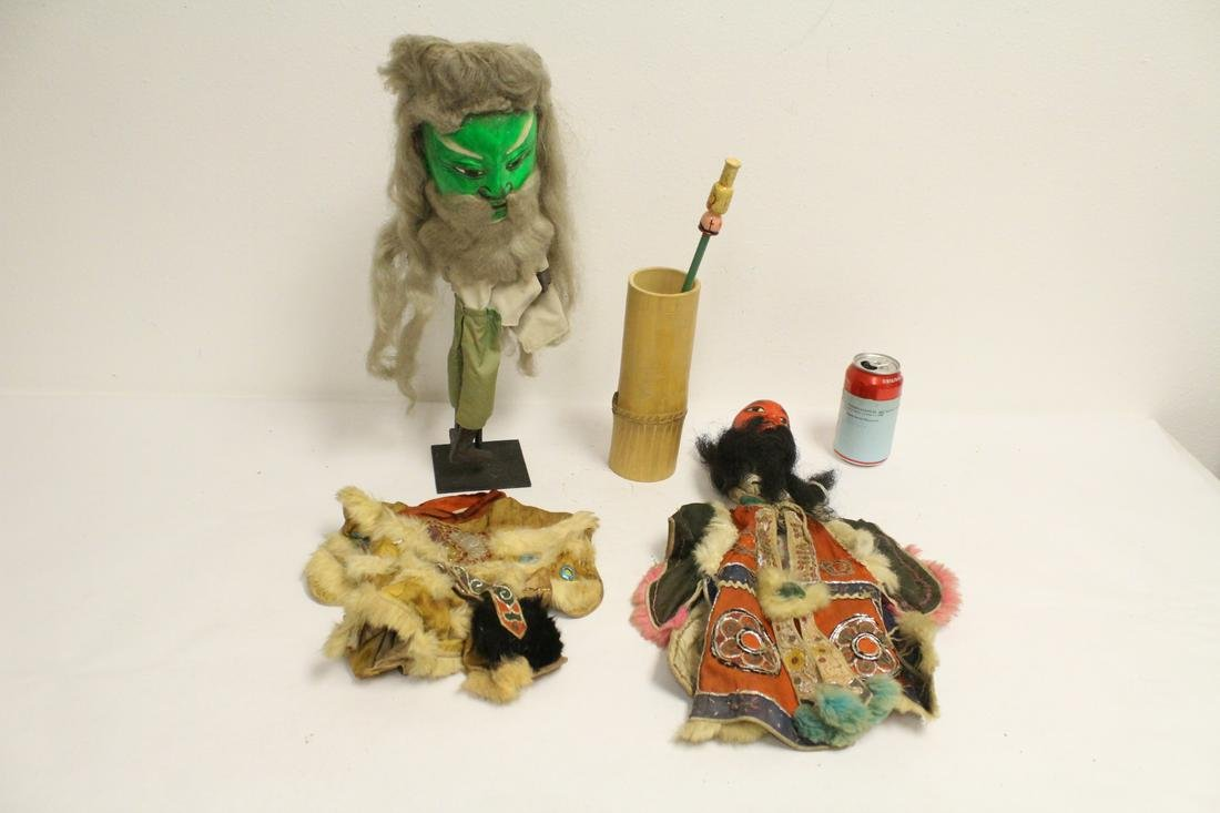2 Chinese antique puppets