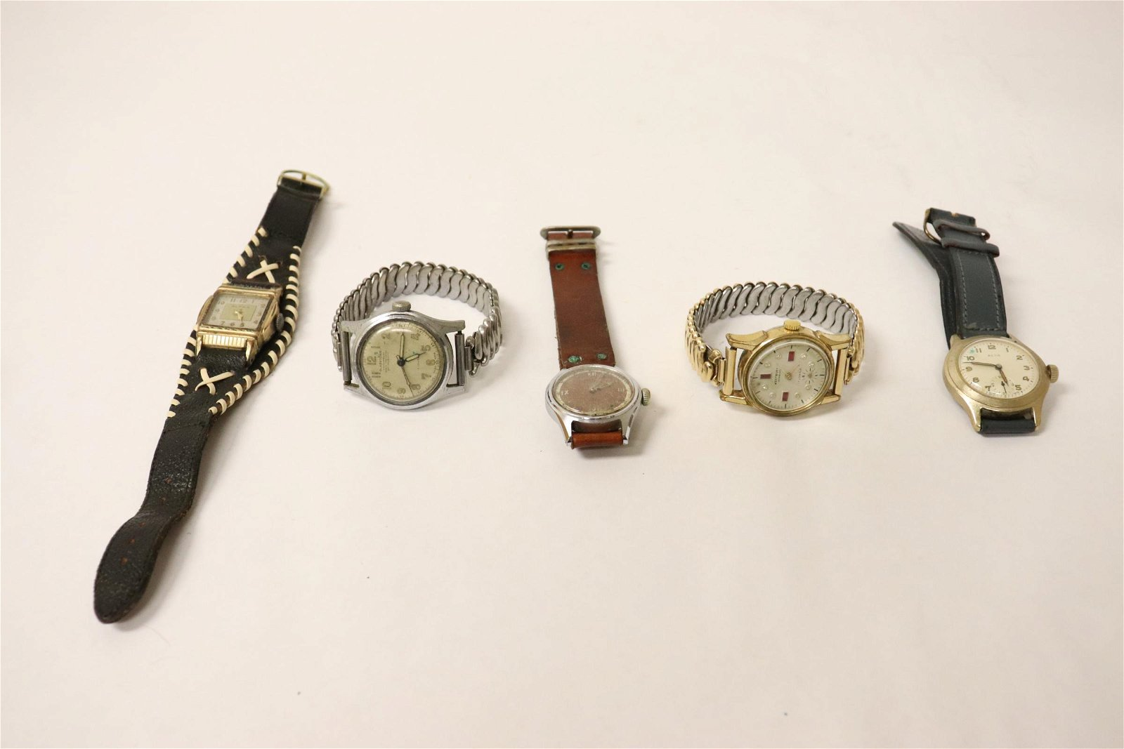 5 vintage watches