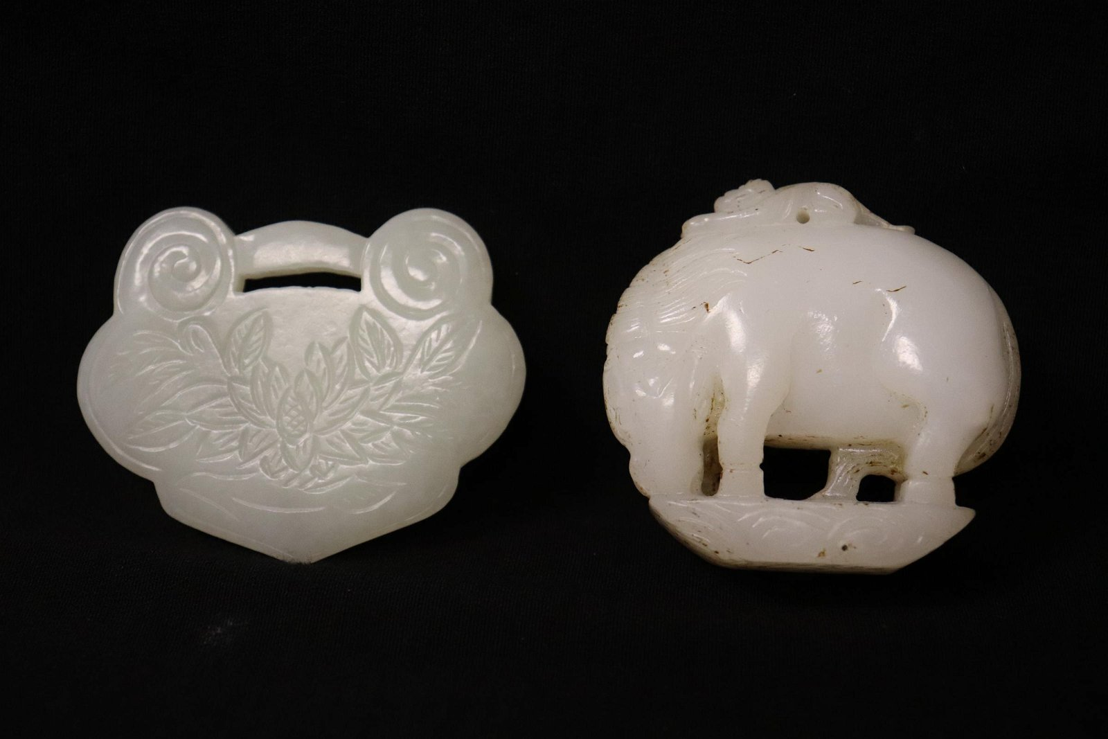 2 white jade carved ornaments