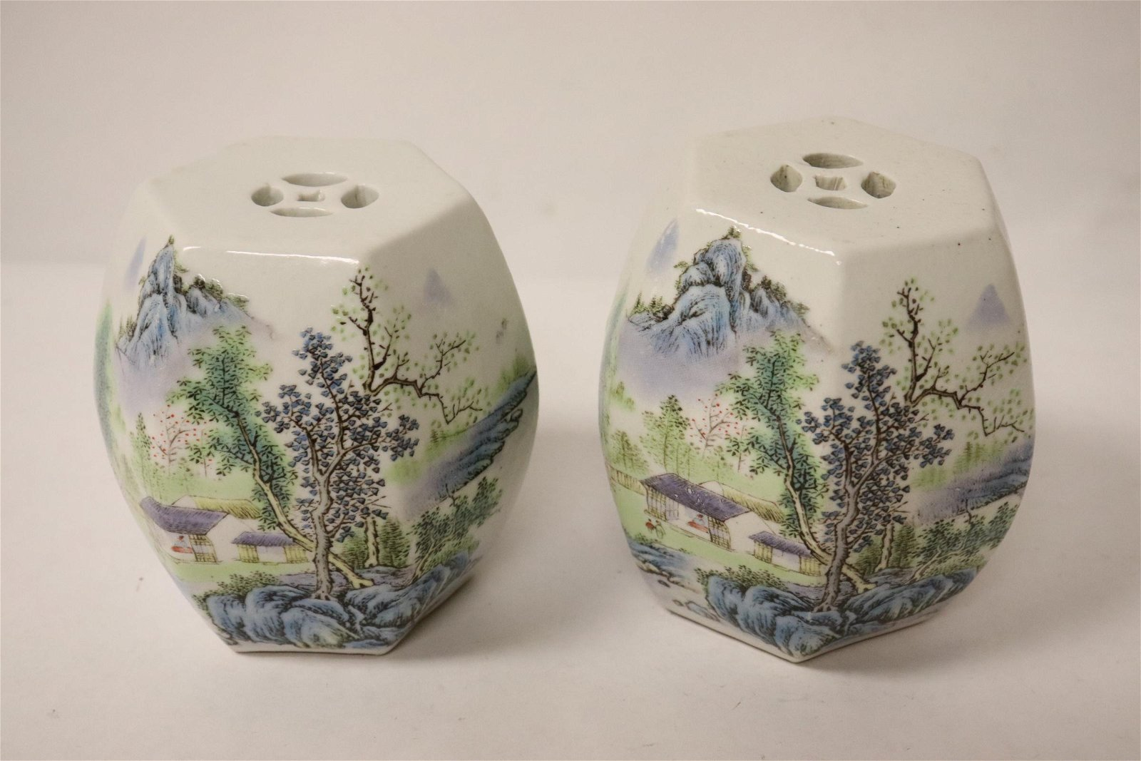 2 Chinese famille rose porcelain drums