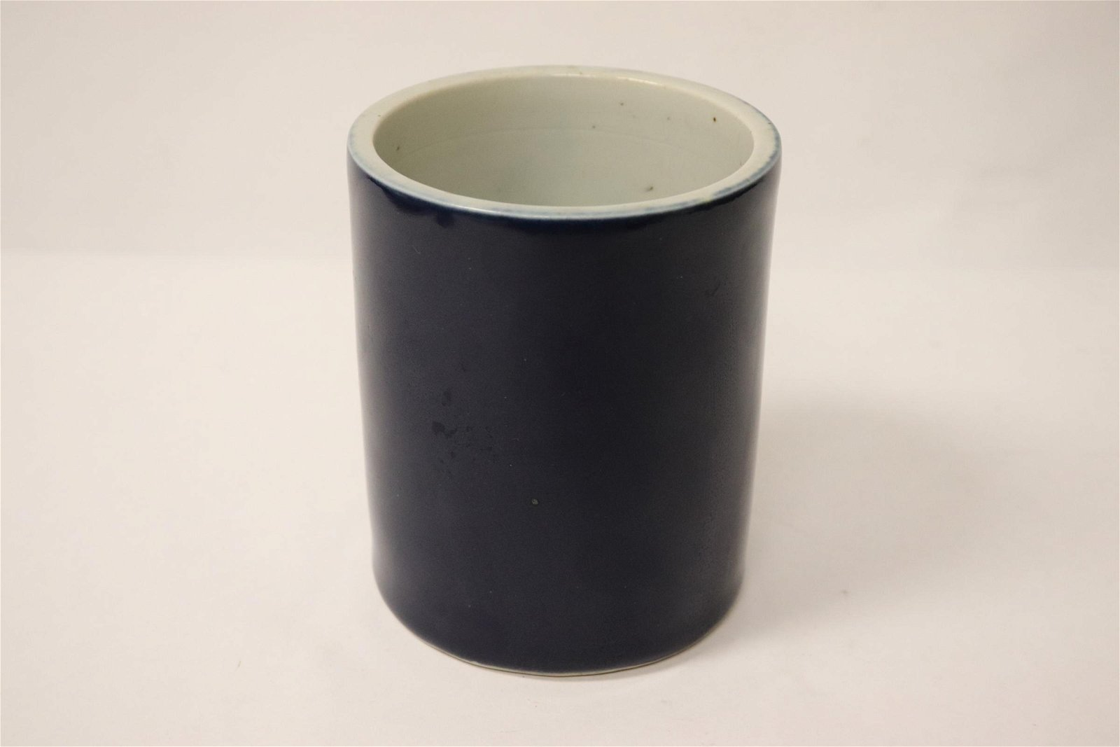 Chinese blue glazed porcelain brush holder