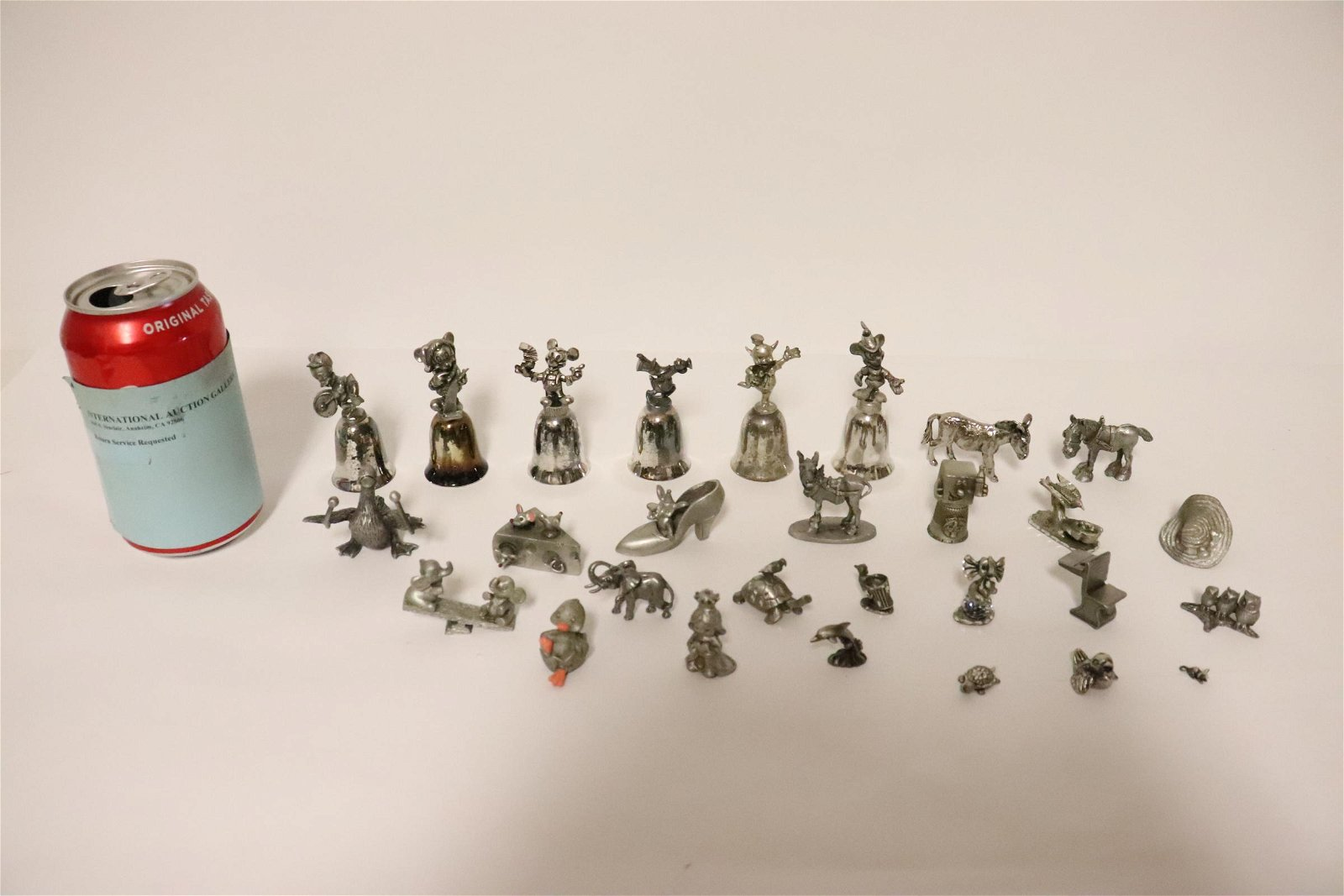 Lot of pewter ornament