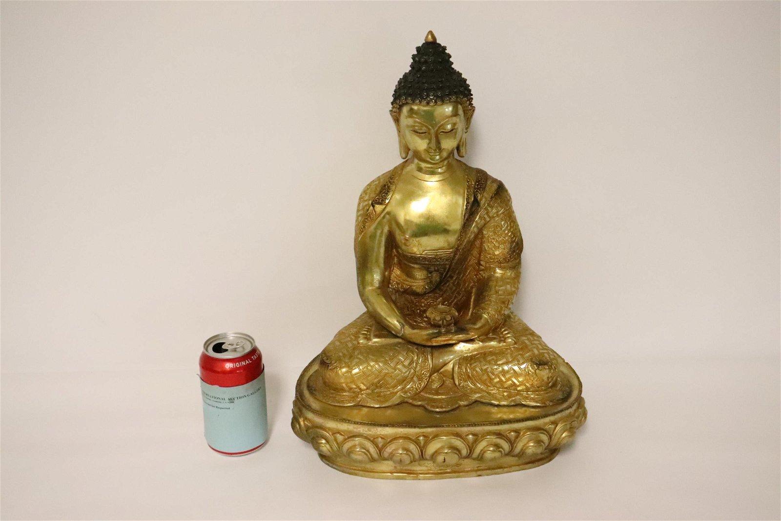 A beautiful Chinese gilt bronze sculpture of deity
