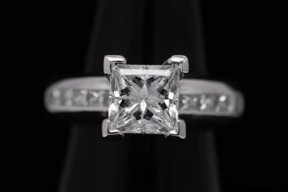 Platinum 2.26ct, D VVS2 diamond ring with GIA cert.