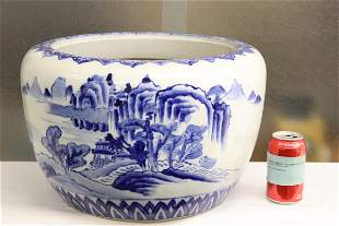 Chinese vintage large blue and white planter