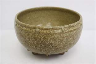 Chinese Song style crackleware bowl