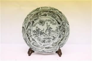 Chinese large blue and white charger