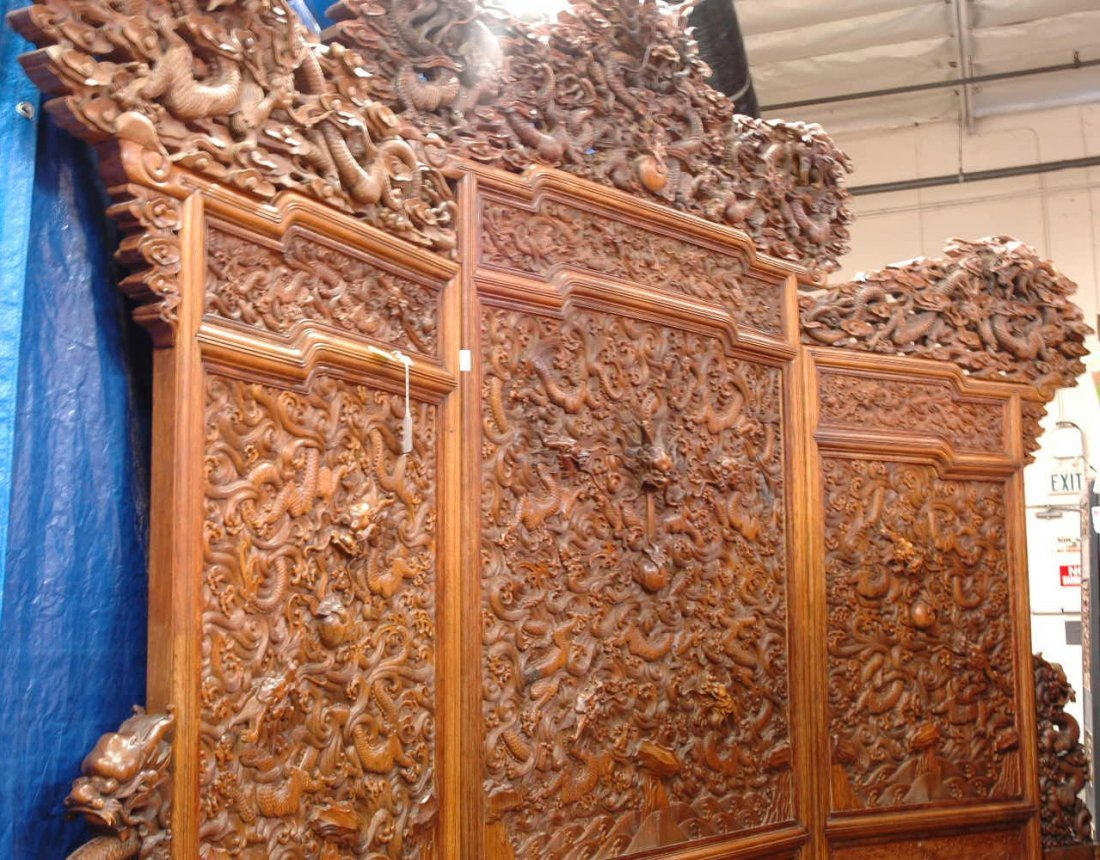 220: Chinese 3-panel hardwood carved screen