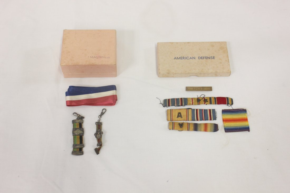 115: Lot of WWI/WWII military medals