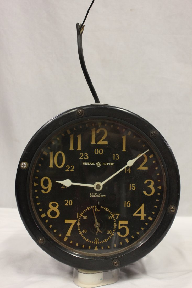 116: A submarine clock by General Electric