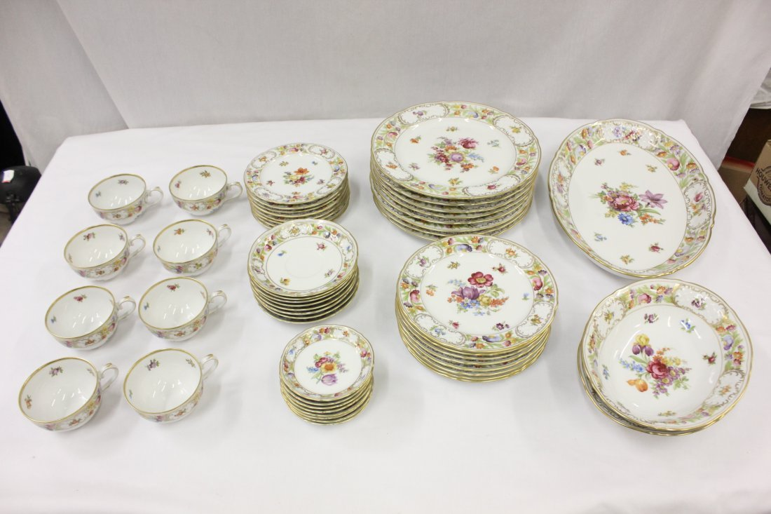 Arzberg china in Dresden flower pattern, total 51pc
