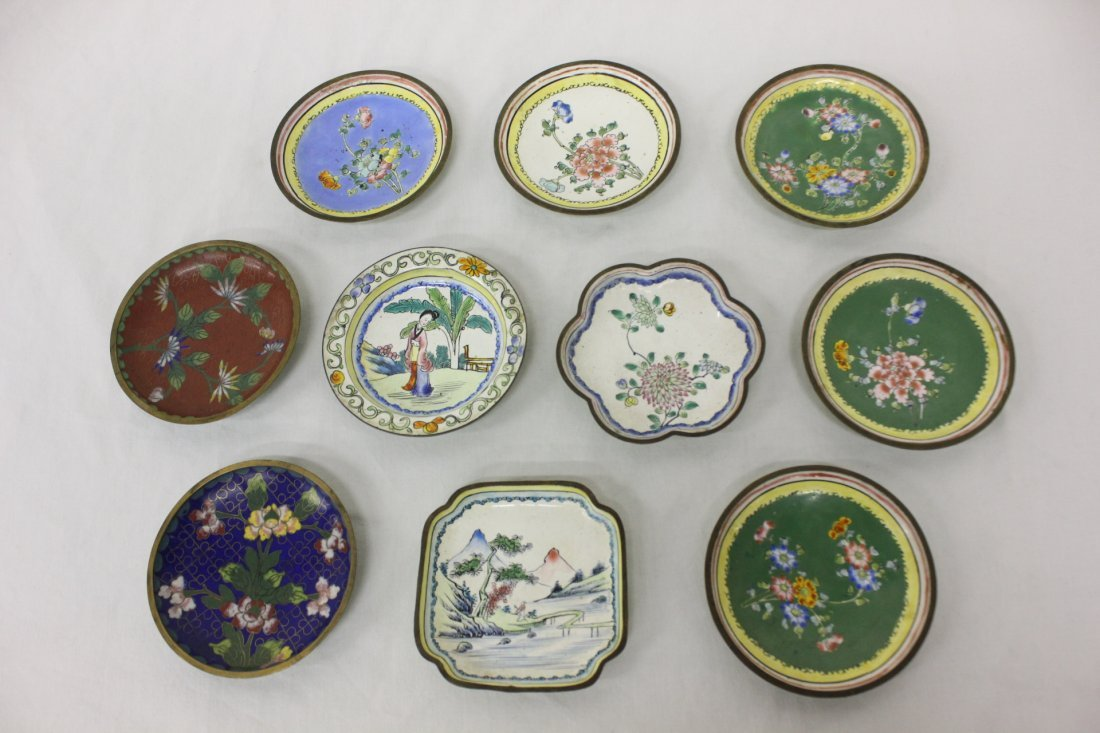 10 Chinese antique export small enamel trays