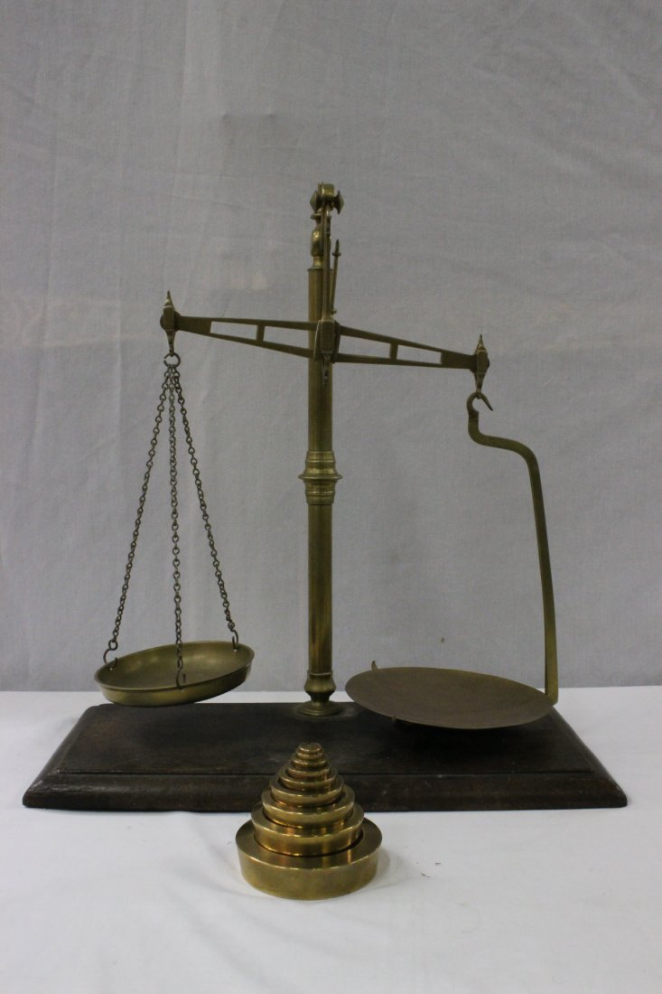 Antique English brass scale with set of weights