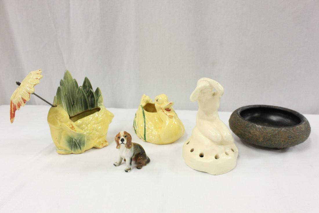 Lot of pottery pieces