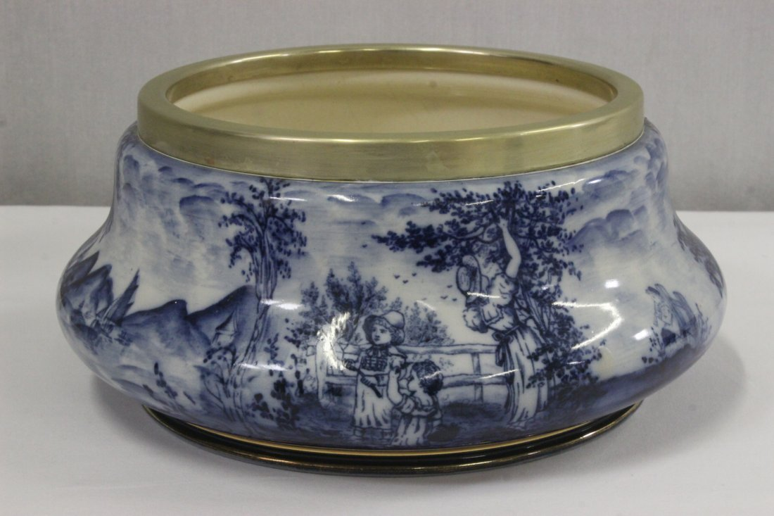 Antique English flow blue jar