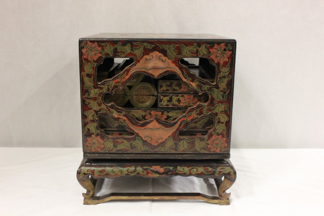 Chinese lacquer box set with stand